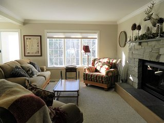 Luxurious Townhouse at Topnotch Resort & Spa,  Pool, hot tub, AC, 2 min. to MT!