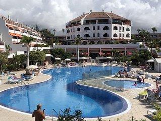 Parque Santiago 1, fantastic poolside apartment, wheelchair accessible,