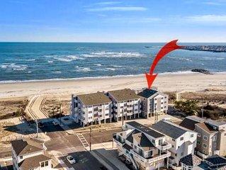 Amazing Oceanfront Bi-Level Condo