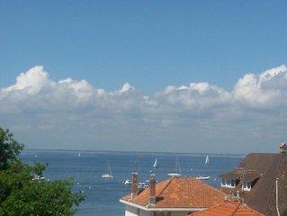 App T3  Super vue mer , proche  centre , plage , gare
