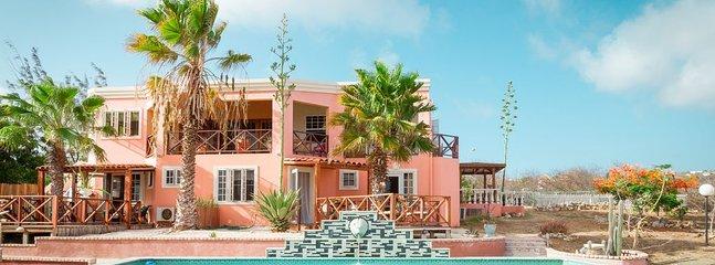 Villa met uitzicht op de zee, Mount Brandaris en het kleine eiland - Klein Bonaire