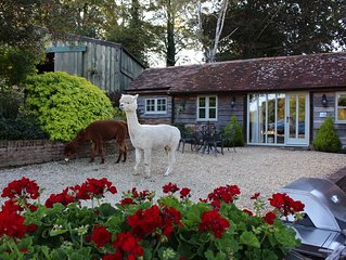 Beautifully Newly-fitted Cottage With Open Parkland Views