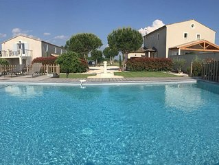 RELAXING HOLIDAY HOUSE - 2 SWIMMINGPOOLS - IN BETWEEN PROVENCE AND NÎMES AREA