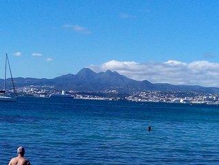 T2 vue sur mer à 5 mns à pieds de la plage, WIFI, CLIM, parking