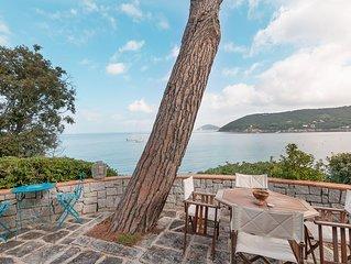 Splendida villa 6 posti direttamente sul mare, abbinato a sconto traghetto