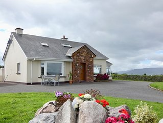 Ring Of Kerry .  Beautiful  3 Bed Home,   Sleeps 7