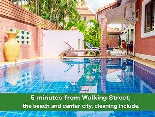 Villa 4 chambres avec piscine privée 5 minutes plage et Walking Street.