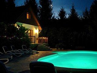Betaalbare luxe vakantievilla met zwembad en sauna