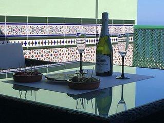 Penthouse avec vue sur mer, piscine et WIFI a Las Caletillas