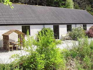 Riverside Cottage by Loch Ness,Inverness,National Park,Dolphin Beaches.Free WiFi
