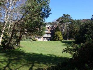 Belle villa dans un parc privatif à 400m de la mer