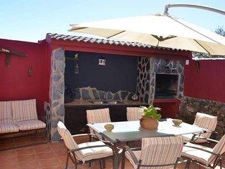 Estupenda Casa Tipica Canaria con piscina al aire libre y wifi