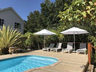 Erholung pur *Armadillo Ferienhaus mit Pool und grossem Garten