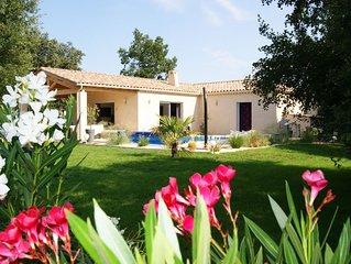 Belle Villa avec jardin et piscine privative  pour 6 personnes