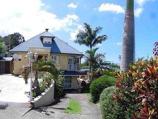 Appartement dans Villa en rez de jardin