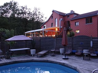 Fantastic all-inclusive house lake front, free pedalo boats, close to Spa