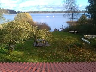 Family with beach location. Renovated house. 32 km to Gothenburg. Boat included.