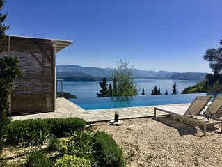 Stunning Villa and Location!