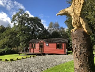 Luxury Riverside Lodge by Pucks Glen in the National Park near Dunoon