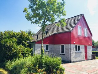 Luxurious holiday house, sauna, WIFI, 2 bathrooms in the nature reserve