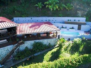 Ferienhaus in der Karibik mit Pool und Meerblick, 10 Minuten zum Strand, Golf