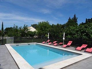 Gîte tout confort indépendant dans mas provençal, clim, piscine, wifi