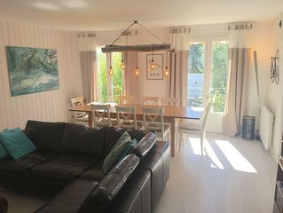 bright house of 120m2 full south, entirely renovated.