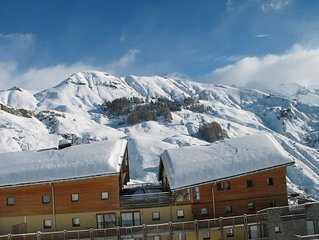 Rental apartment 6 people all equipped with parking for 150 m from the slopes