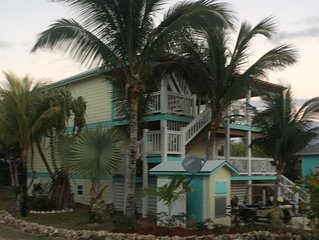 Dreamsicle - New Island Home - 2 story- 75 steps to the beach