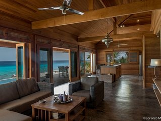 Ocean Front Beach House with Own Beach and Ocean Access. Top!