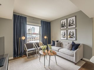 Chic 1BR in Heart of Center City