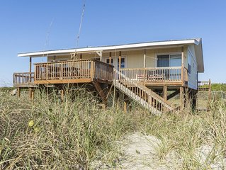 Palermo: 4 BR / 2 BA home in Caswell Beach, Sleeps 12