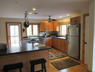 Updated home 3 MIN TO PICO skiing. 15 MIN TO Killington Mtn. LOCATION!!