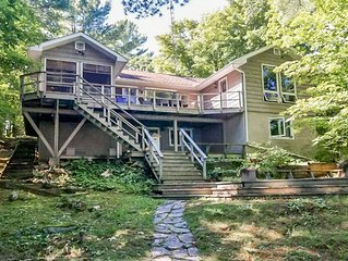 Welcome to Serendipity on Lake Muskoka! Gorgeous Island Dotted View!