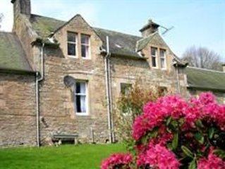 The Maid's House, Carmichael Country Cottages. 4 star comfortable cottage on rur