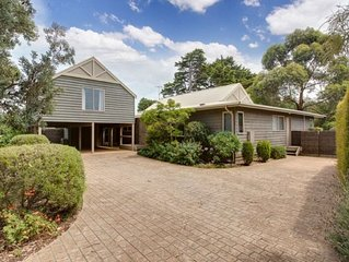 Spacious home - walk to Ryill beach & village