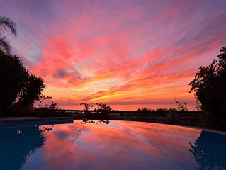 Tranquility in the olive & citrus groves. Sunsets, sea views & private pool.