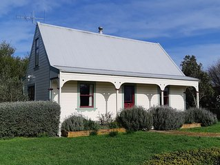 Taraview Cottage - Fully self contained