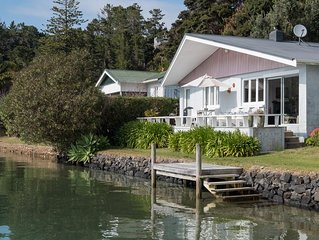 Boaties Paradise  -  Charming waterfront cottage.