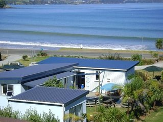 Blue Berry Bach - Stunning Location. Beach Front