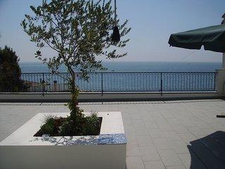Confortevole appartamento con vista mare sulla costiera Amalfitana