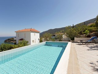 Beautiful Villa in Agia Paraskevi Samos with Swimming Pool