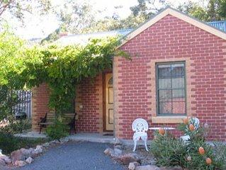 Heatherlie Cottages Halls Gap
