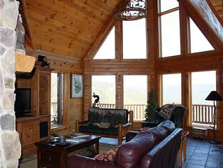Mountain Home, Privacy, Hot Tub, Pool/Ping Pong Table, Pet-Friendly