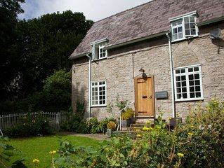 Detached Riverside Cottage in pretty hamlet