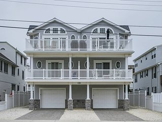 TRUE BEACH-BLOCK TOWNHOUSE  , NO STREETS TO CROSS TO GREAT BEACH