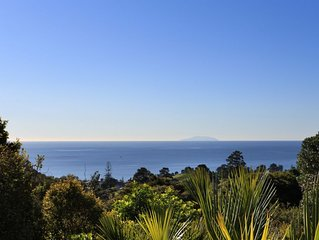 Sunny, Secluded, Sea views, Spa Pool + 4WD
