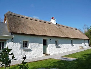 Detached Thatched Cottage for 4