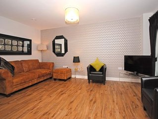 22 Longley Road -  a flat that sleeps 4 guests  in 2 bedrooms