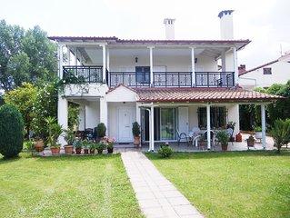 Villa with garden near Plaka Litochoro and Leptokarya, under Olympus